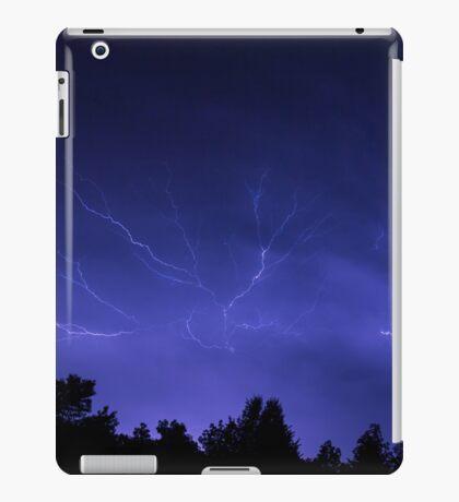 Epic Lightning iPad Case/Skin