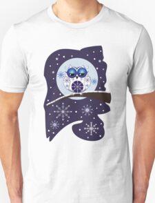 Cute Snow Owl on branch & decorative Snowflakes Unisex T-Shirt