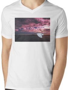 Great Egret at Sunset. Photo Art, Prints, Gifts. Mens V-Neck T-Shirt