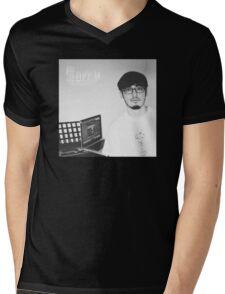 Joji Mens V-Neck T-Shirt