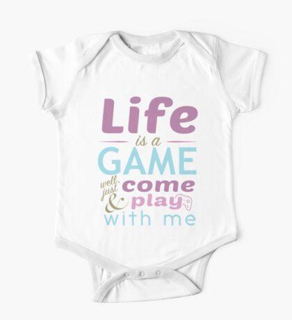 Life is a game - juste come and play / La vie est un jeu One Piece - Short Sleeve