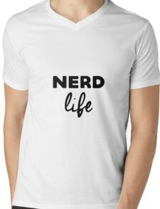 Nerd life Mens V-Neck T-Shirt