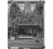 Ground Photographer iPad Case/Skin