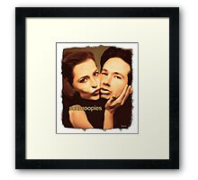 Gillian and David - Schmoopies Framed Print