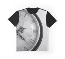 Vintage Wrought Iron Table Clock Detail Graphic T-Shirt