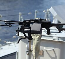 Machine gun on warship by mrivserg
