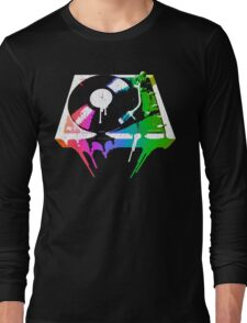 Melting Turntable (vintage distressed look) Long Sleeve T-Shirt