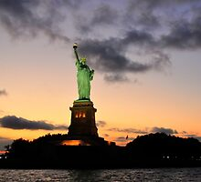 Liberty Lighthouse at Sunset..... by Poete100