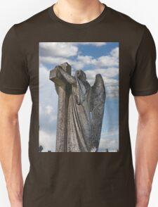 Angel statue embracing a cross  T-Shirt
