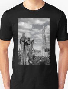 Archangel gravestone and Ancient round tower T-Shirt