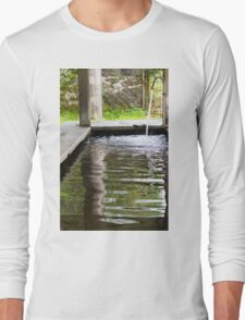 old fountain Long Sleeve T-Shirt