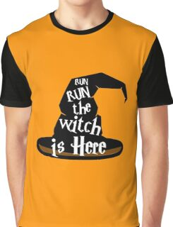 Run The Witch Is Here Halloween Party Outfit Costume Graphic T-Shirt