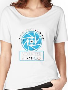 APERTURE SCIENCE AND INOVATION Women's Relaxed Fit T-Shirt