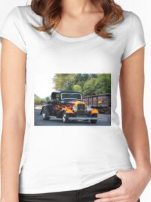 1932 Ford 'Fenders and Flames' Coupe Women's Fitted Scoop T-Shirt