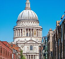 St Paul's Cathedral, London by Graham Prentice