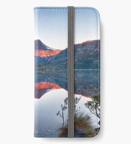 Cradle Mountain Sunrise iPhone Wallet/Case/Skin