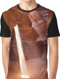 Classic beam of light - Antelope Canyon Graphic T-Shirt