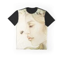 Teresa of the faint smile Graphic T-Shirt