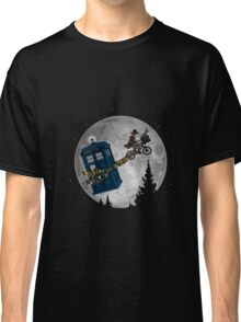Doctor Who - Dw The Extraterrestrial 4th T-shirts Classic T-Shirt