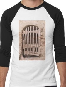 old door Men's Baseball ¾ T-Shirt