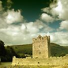 Narrow Water Castle by Smaxi