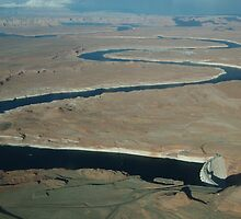 Lake powell - Airplane view by Régis Charpentier