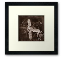 """"""" Old Land Rover ... Engine/Fan """" Framed Print"""
