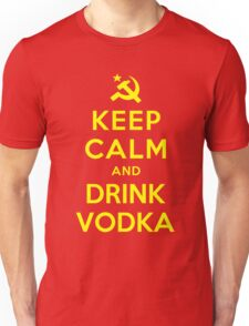 KEEP CALM AND DRINK VODKA Unisex T-Shirt
