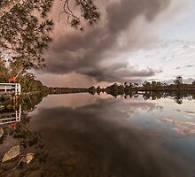 Looming storm  by GeoffCC