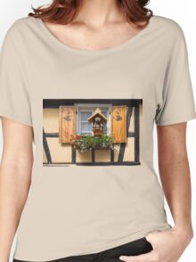 Bear in the Window Women's Relaxed Fit T-Shirt