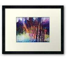 Lampi di luce nella forest Framed Print