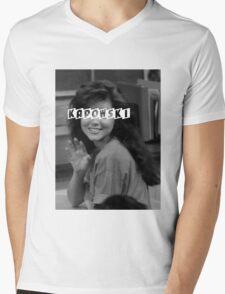Kelly Kapowski Mens V-Neck T-Shirt