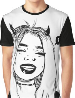 Shada Graphic T-Shirt