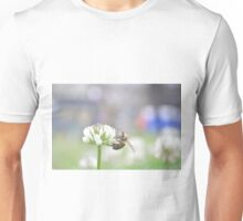 Nature - Bee on Clover Unisex T-Shirt