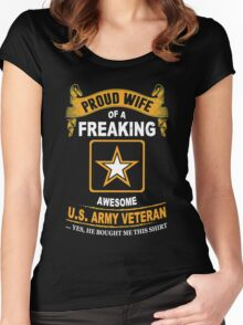 Army - Proud Wife Of A Freaking Awesome Us Army Veteran Women's Fitted Scoop T-Shirt