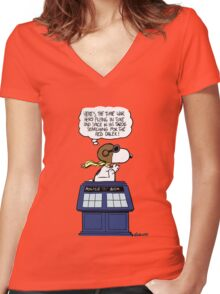 The time war hero Women's Fitted V-Neck T-Shirt