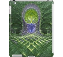 Underwater throner iPad Case/Skin