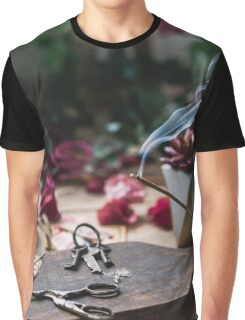 Be Still Graphic T-Shirt
