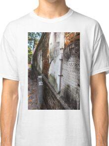 Head Stone Wall  Classic T-Shirt