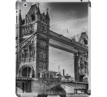 Tower Bridge Black and White  iPad Case/Skin