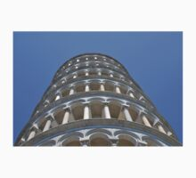 The leaing tower of Pisa One Piece - Short Sleeve