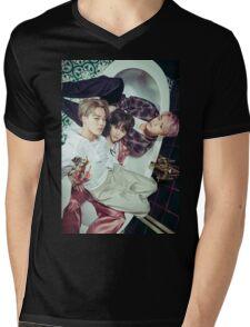 BTS WINGS \ JIMIN , SUGA , JIN  Mens V-Neck T-Shirt