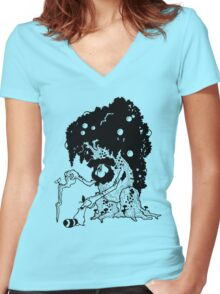 Tree Folk Women's Fitted V-Neck T-Shirt