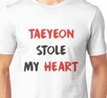 taeyeon stole my heart - kpop Unisex T-Shirt