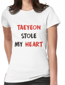 taeyeon stole my heart - kpop Womens Fitted T-Shirt