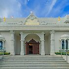Shree Swaminarayan Mandir temple by Chris Thaxter