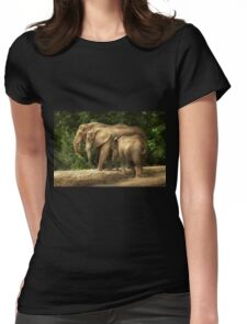 Animal - Elephant - Tight knit family Womens Fitted T-Shirt