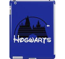 Hogwarts castle (black) iPad Case/Skin
