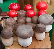 mushrooms in handmade wooden by spetenfia