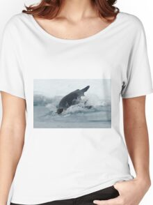 Diving Emperor Penguin Women's Relaxed Fit T-Shirt
